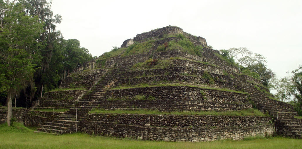 Edifice 24 is a medium to large stepped pyramid with a central stairway leading to the top. There are three separate levels and the top level with the remains of a temple. At the back of the temple you can see some of the original plaster.
